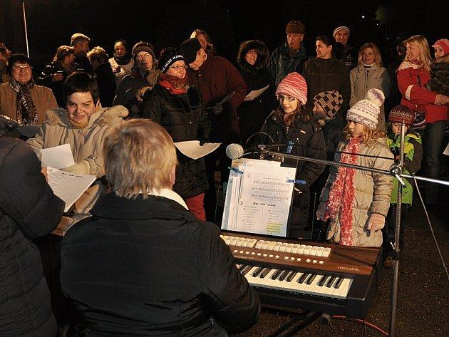 Také v Kácově se zpívaly koledy.