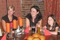 Středověká hostina v restauraci U Kata.