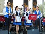 Čáslavské slavnosti 2018: Věnovanka, (zleva) Lukáš Lázňovský, Klára Bucková, Petra Zikmundová a Oldřich Košťál.