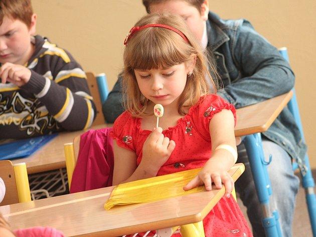 Předávání vysvědčení prvňáčkům na základní škole v Kutné Hoře