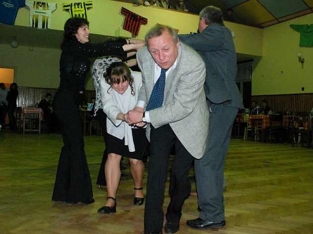 Sportovní ples v Paběnicích