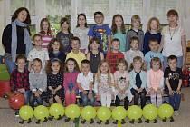 Děti v Mateřské škole v Malešově: třída starších dětí - Housenky.