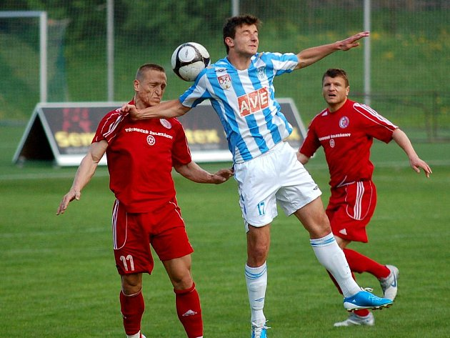 24. kolo II. ligy: Čáslav - Třinec 4:1, 1. května 2011.