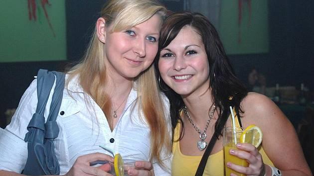 Tequila párty se uskutečnila v pátek v Disco clubu v Petrovicích I.