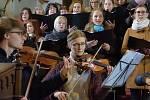 Římskokatolická farnost Uhlířské Janovice pořádala Českou mši vánoční v podání komorního smyčcového orchestru Vox Bohemica se sídlem v Českém Brodě.
