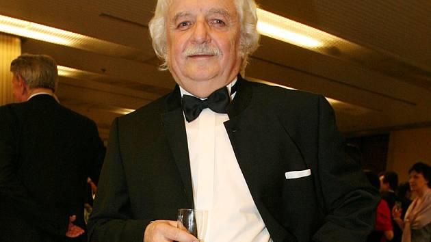 Ladislav Smoljak.