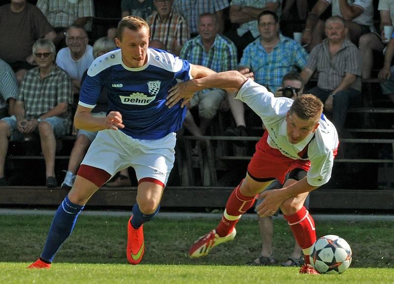 Fotbalista Jakub Süsser (v bílém) hraje v Německu za Bad Kötzing. Foto: FB Bad Kötzing