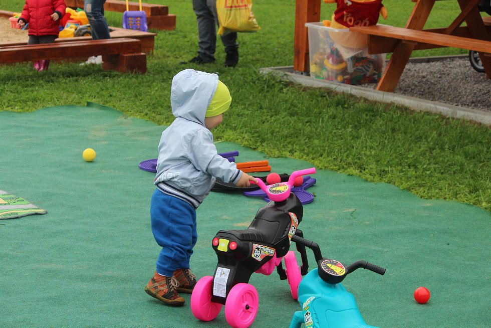 Nový dětský park na ranči v Církvici.