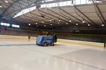 Na zimní stadionu v Kutné Hoře.