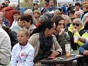Na gastrofestivalu v Habrech lidé ochutnávali uzeniny, ryby i mléčné výrobky.