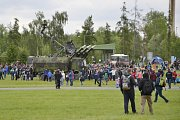 Den otevřených dveří přilákal na čáslavskou vojenskou základnu desetitisíce návštěvníků