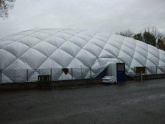 Kutnohorští tenisté mají novou halu.