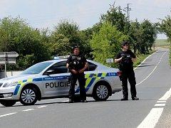 Kvůli smrtelné nehodě zůstala silnice mezi Přítoky a Miskovicemi uzavřena.