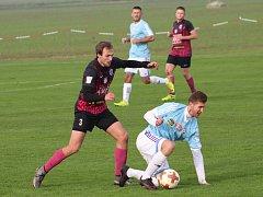Fotbalisté Čáslavi B prohráli na podzim v Hlízově 0:1.
