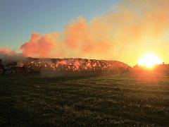 Požár stohu u Křesetic