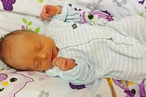 Jan Hlaváček přišel na svět 18. prosince 2020 ve 21. 19 hodin v čáslavské porodnici. Vážil 2850 gramů a měřil 49 centimetrů. Doma na Štrampouchu se z něj těší maminka Marie a tatínek Jan.