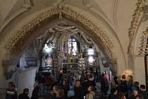 Záběr z kostnice v kutnohorském Sedlci.