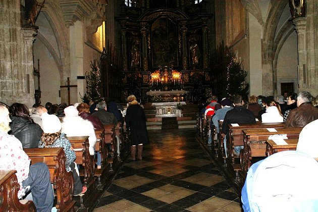 Půlnoční mše pro děti se konala tradičně v sobotu odpoledne v kostele sv. Jakuba v Kutné Hoře.