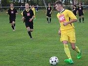 Sedmé kolo fotbalového okresního přeboru: TJ Sokol Červené Janovice - SK Církvice 1:6 (0:3).