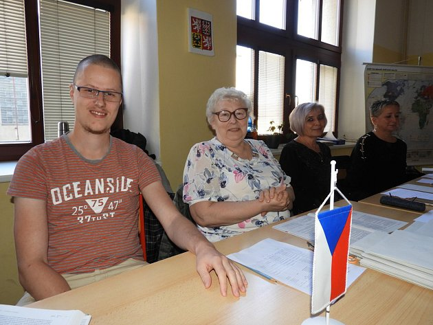 Z volební místnosti na Střední průmyslové škole v Čáslavi.
