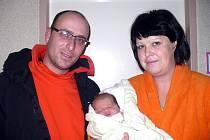Přímo pod stromeček se v Čáslavi narodila Karolína Kantorová. Vážila 4250 gramů a měřila 53 centimetrů. Doma v Kutné Hoře ji přivítali maminka Petra, tatínek Pavel a sestra Natálka.