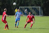 Z fotbalového utkání okresního přeboru Církvice - Sedlec (3:1)