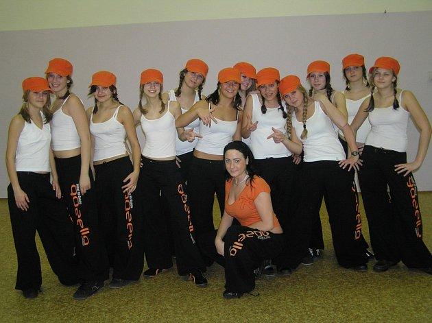 Děvčata ze zájmového kroužku Play DDM Čáslav.