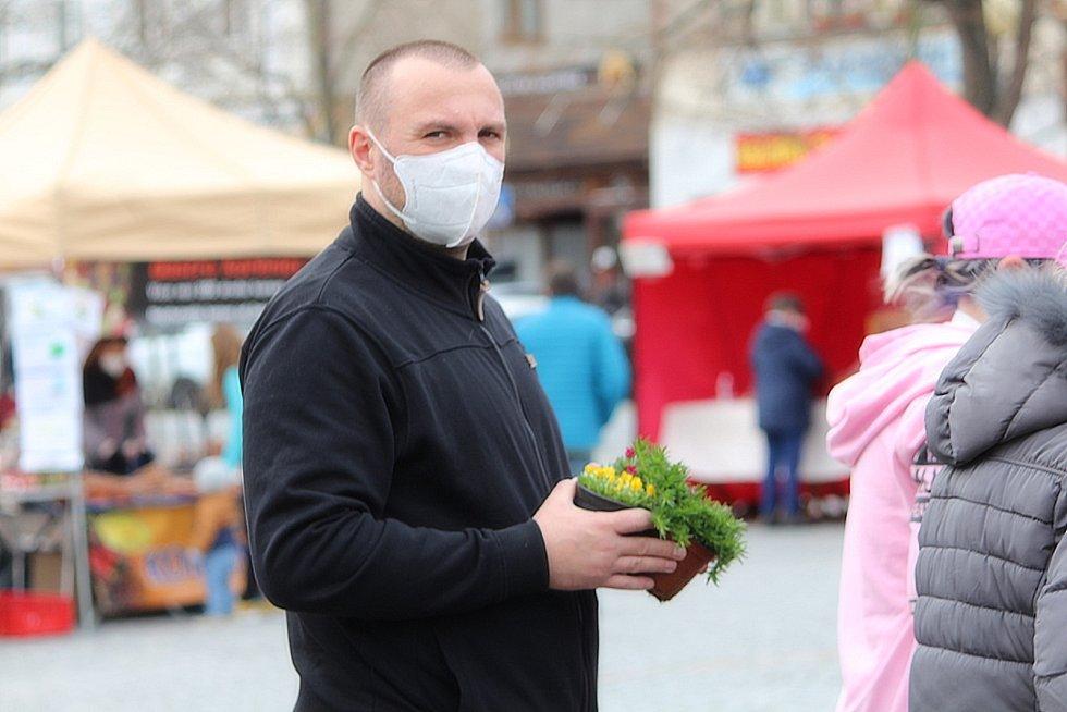 Trh na náměstí Jana Žižky z Trocnova v Čáslavi.