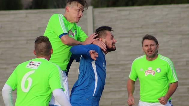 Hlízov potvrdil prvním místo vysokou výhrou 6:0 nad Bečváry.