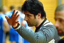Trenér futsalového týmu Benago Zruč n. Sázavou Beni Simitči.