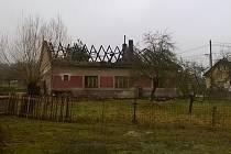 V Krchlebské Lhotě hořel rodinný dům.