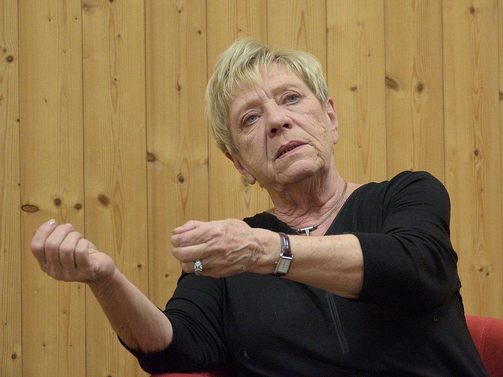 Herečka Jaroslava Obermaierová.