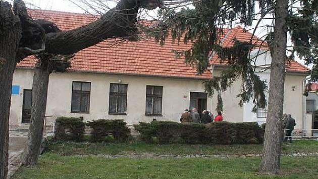 Bývalá škola ve Svaté Kateřině