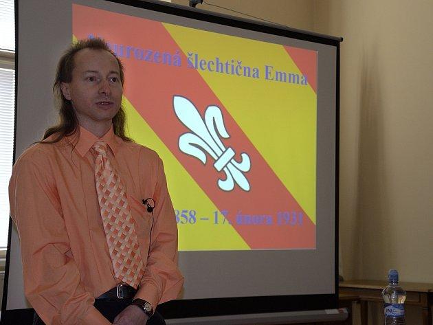 Ze zručské přednášky Antonína Heřmana 'Neurozená šlechtična Emma'.