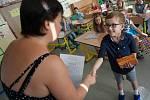 Předávání vysvědčení na Základní škole Jana Palacha v Kutné Hoře