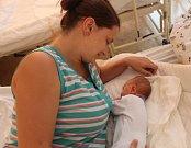 Viktorie Kvačková se narodila 5. července 2017 v Čáslavi s váhou 2950 gramů a mírou 51 centimetrů. V Drobovicích ji přivítá maminka Petra.