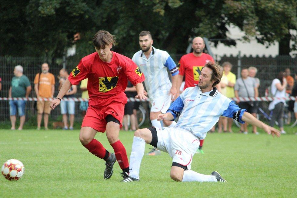 Fotbalová III. třída: TJ Viktoria Sedlec B - TJ Sokol Červené Janovice 4:8 (1:4).