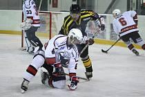 Hokejisté Čáslavi porazili na domácím ledě v derby Kutnou Horu 4:1.
