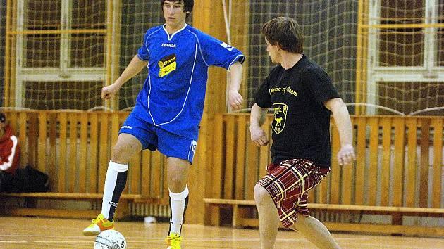 8. hrací den Club Deportivo futsalová liga, 2. prosince 2010.