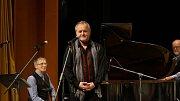 Swingová gratulace Miroslavu Jiřištovi v Tylově divadle v Kutné Hoře