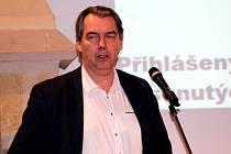 Krajský radní pro oblast bezpečnosti a zdravotnictví Robert Bezděk na zasedání kutnohorských zastupitelů.