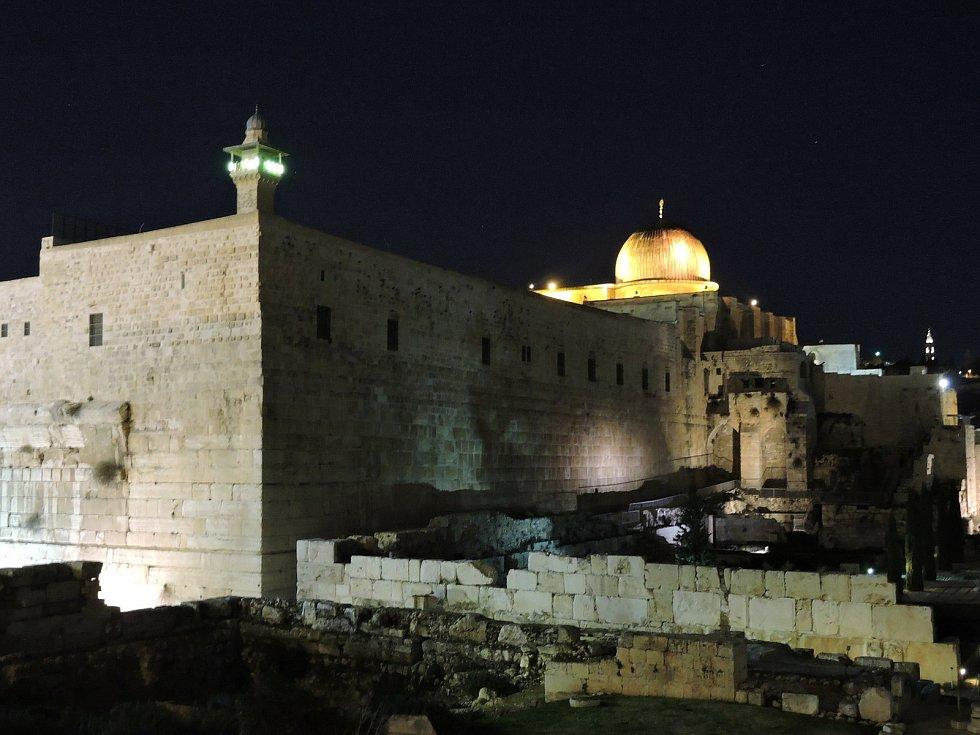Město Davidovo, v pozadí mešita al-Aksá na Chrámové hoře.