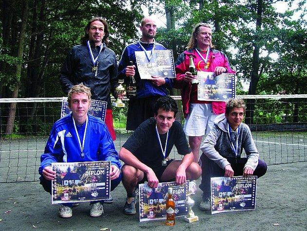 Nohejbalový turnaj trojic v Opatovicích I, sobota 25. července 2009