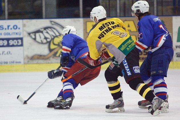 Z utkání semifinále play off středočeského krajského přeboru hokejistů Kutná Hora - Slaný.