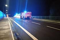 Dopravní nehoda na malínském mostě, kde auto srazilo cyklistu.