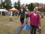 Hasiči ze Zbraslavic pro děti připravili řadu atrakcí a soutěží.