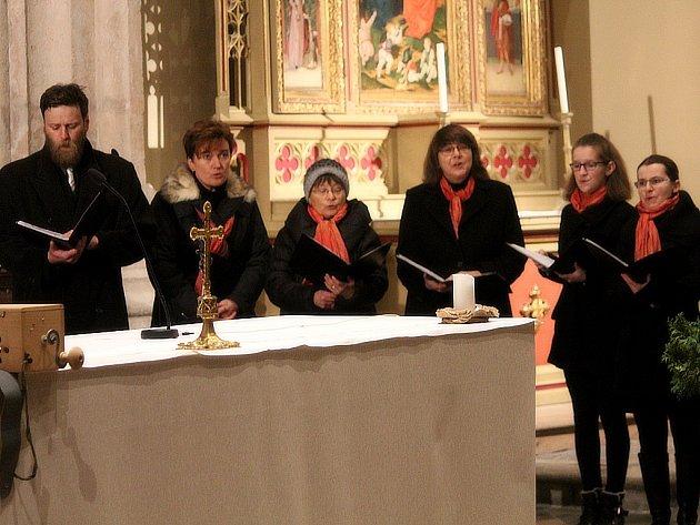 Cantica odehrála adventní koncert