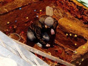 Kutnohorská kostnice vydala další unikát: 30 hromadných hrobů