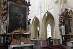 Sedlecká katedrála přilákala o velikonočních svátcích davy.