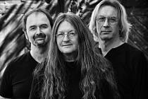 Šestý ročník Festivalu na zelené louce v Senetíně poctí svou návštěvou Ivan Hlas trio.